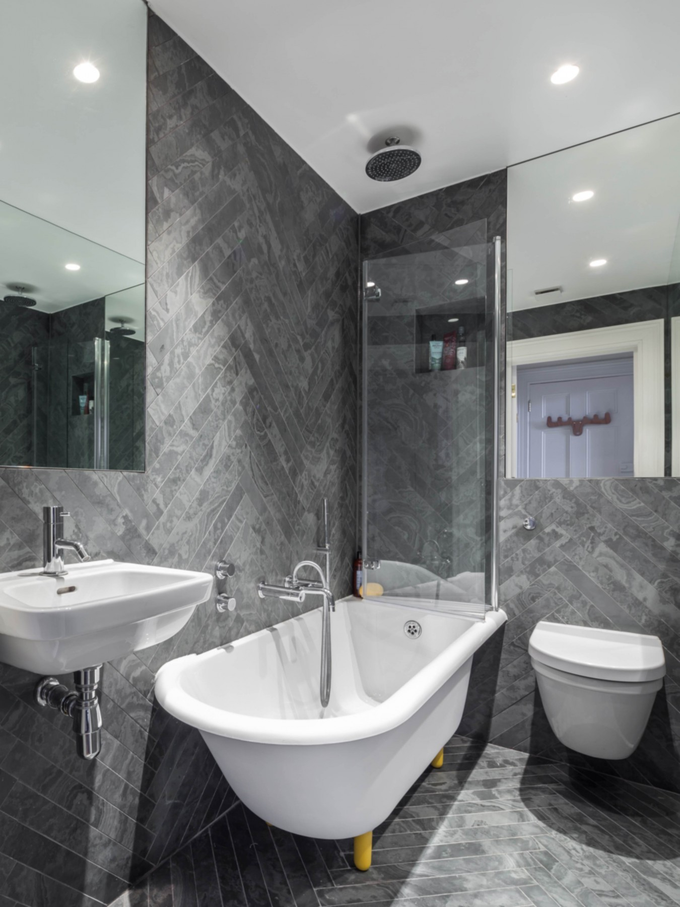 Islington flat bathroom design